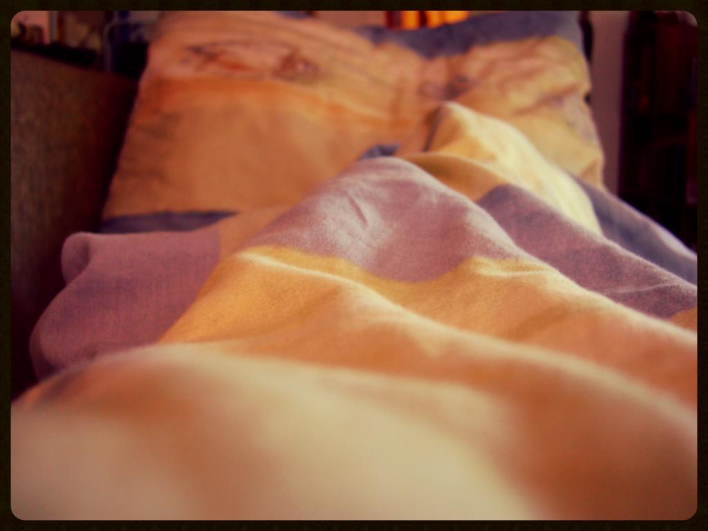 Bett,jpg